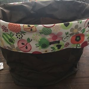 Thirty-One Large Round Utility Bin - Apple Blossom